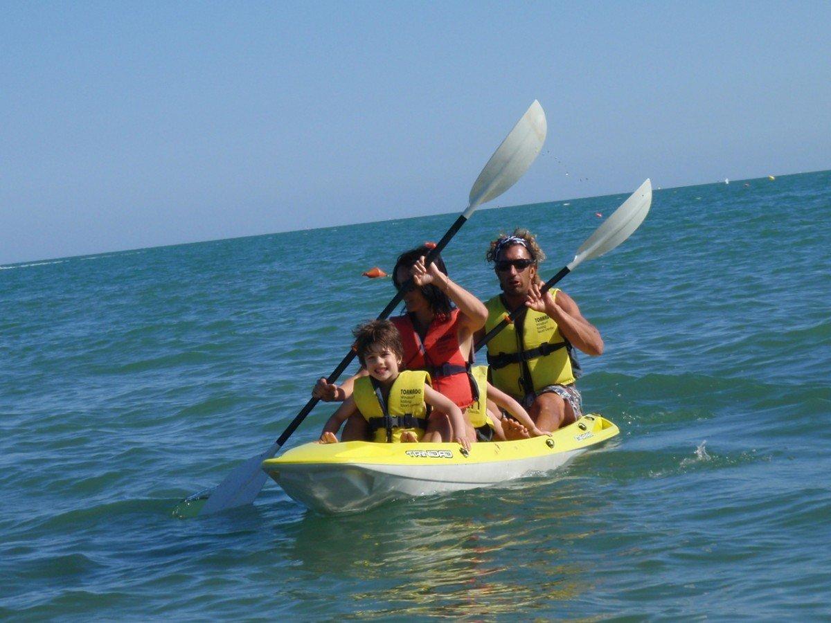 Double canoe