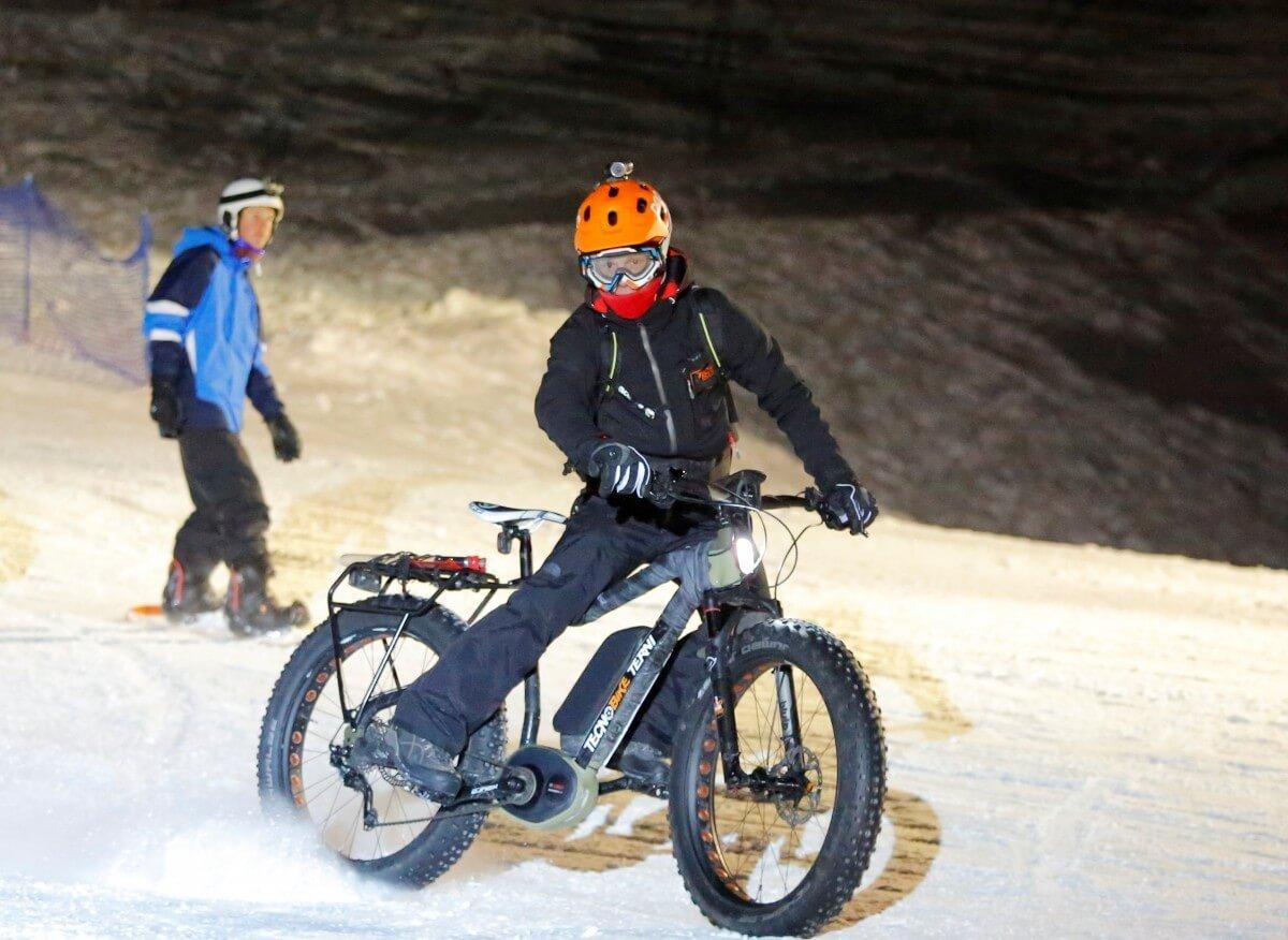 Haibike Xduro FatSix with Light - Fat Bike Faro